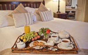 Breakfast in Bed at Idwala 2